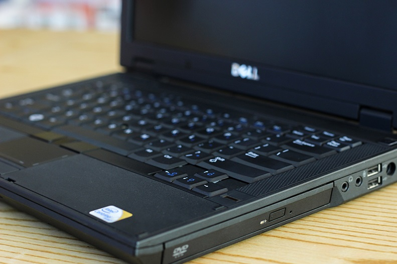 Laptop Dell Lattitude E5400, Core 2 Duo P8600, Ram 2Gb, HDD 120Gb